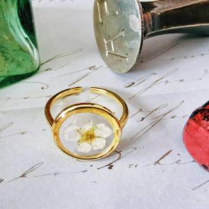 Ring echte Blume, Weißdorn, vergänglich, gold, weiß, verstellbar, Edelstahl, getrocknete Blume, Kunstharz, Resin, handgemacht, Unikat